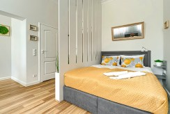 zaciszna sypialnia w luksusowym apartamencie na wynajem Szczecin
