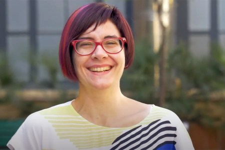 Imatge de la consultora en Estratègia de l'Hospital Clínic de Barcelona, Arantxa Acosta