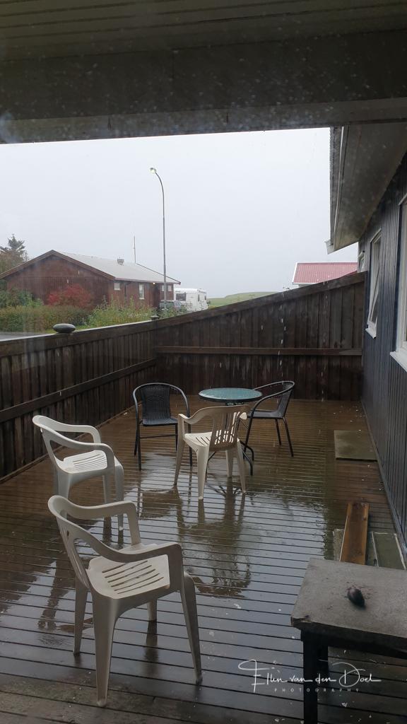 Het regent flink in Höfn