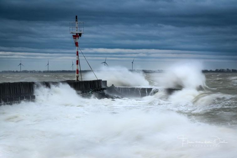 Storm bij Vlissingen