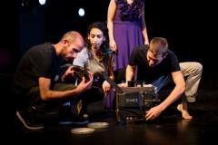 إنتاجات-وجولات-المسرح-10