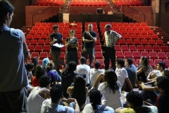 مدرسة-المسرح-تعمل