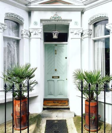 colorful-front-doors-photography-london-bella-foxwell-1-5c36f9d676c06__700