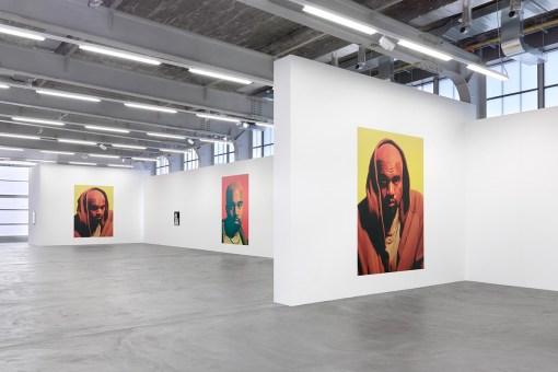 kanye-exhibition-heji-shin-2