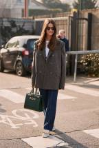 milan-fashion-week-street-style-fall-2019-277714-1550711141218-image.600x0c