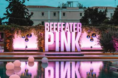 BEEFEATER PINK POOL PARTY 2 (1)