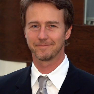 edward-norton-before-ozon-magazine