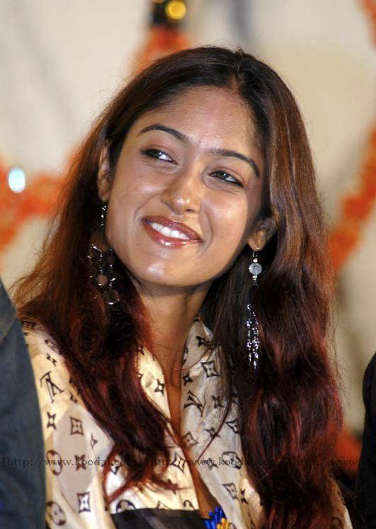 Very Very Cute Wallpapers A To Z South Indian Actress Images 2011 Google Adsense A