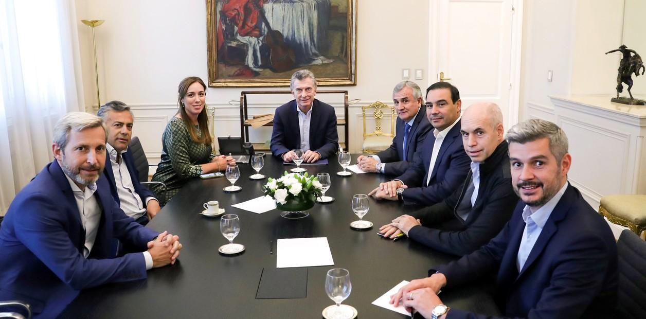 Macri busca acuerdos con los gobernadores de la UCR