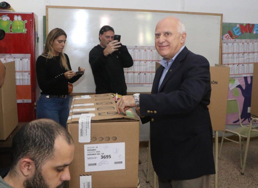 Votó el gobernador Miguel Lifschitz