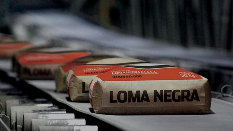 Loma Negra despide a 100 operarios y podría cerrar la planta