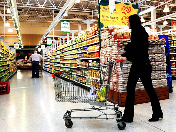Los alimentos básicos aumentaron hasta un 164% en el último año