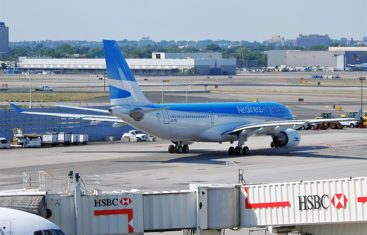 Pedido a Aerolíneas Argentinas