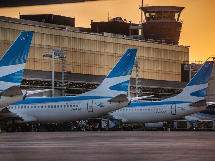 La difícil situación de las empresas aéreas del Estado
