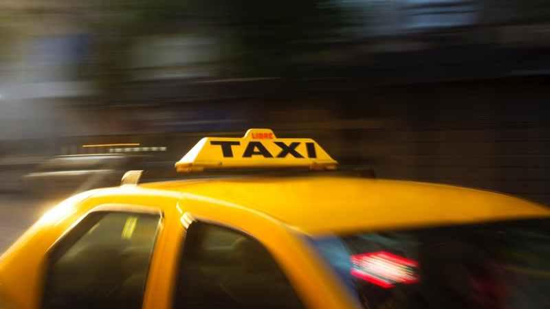 Taxistas también piden un aumento de tarifa