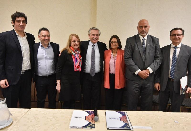 Reunión entre Corpacci, Alberto Fernández y empresarios mineros