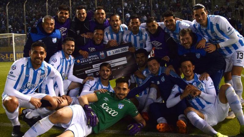 Atlético Tucumán avanza en la Copa Argentina