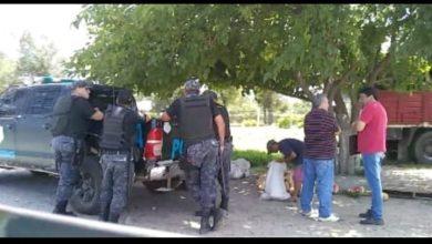 Photo of Mientras crece la delincuencia en Recreo, la policía levantó un puesto de sandías