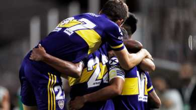 Photo of Boca goleó y sigue prendido en la Superliga