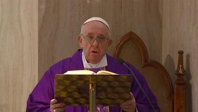 Photo of El papa rezó el Ángelus vía streaming por el coronavirus
