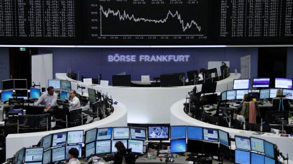 """""""El Banco de Inglaterra compra el Deutsche Bank. Bank of England purchase Deustche Bank""""."""