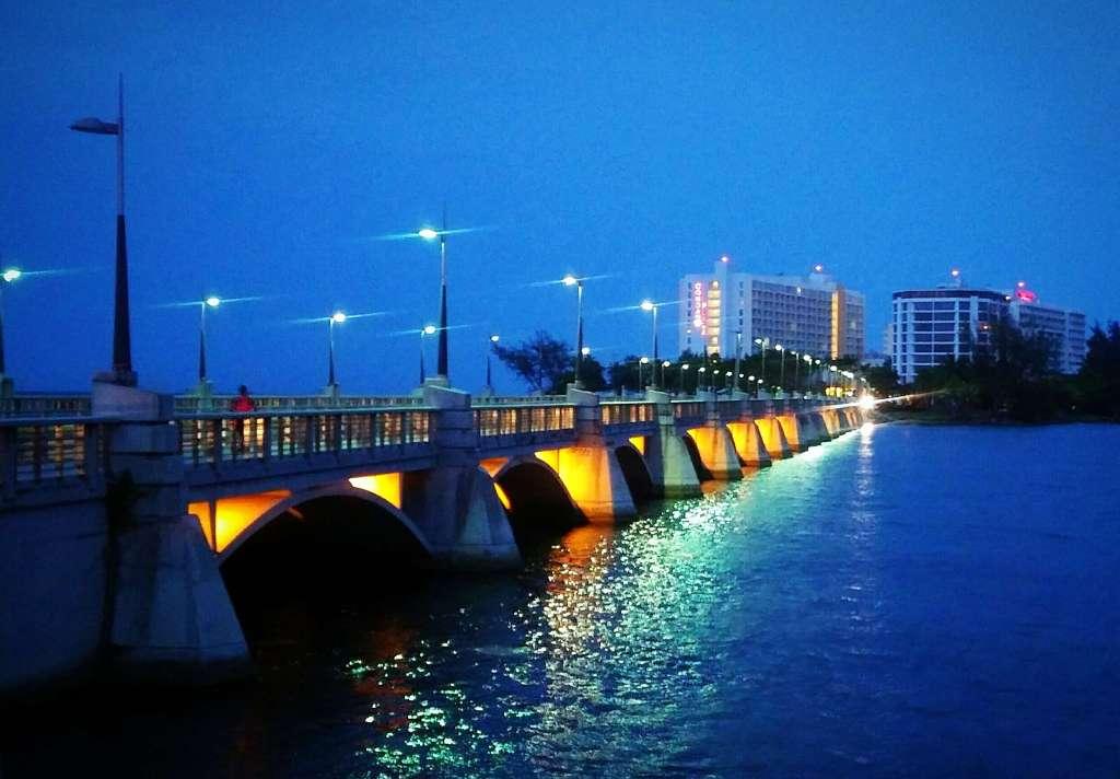 Puente Dos Hermanos