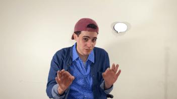 """La Formula. José Leonardo Sámchez interpreta a un """"YouTuber""""."""