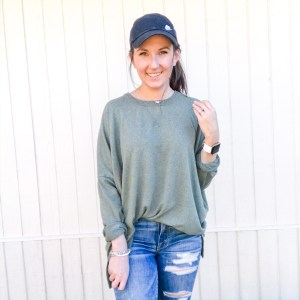 Aerie Sweater. Nike Hat. American Eagle Jeans. Kendra Scott jewelry. Victoria Emerson