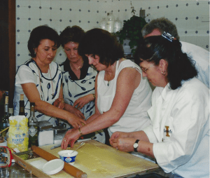elaine cooking school