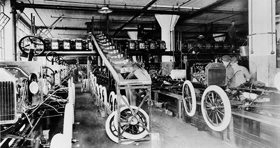 Innovation_Moving_Assembly_Line_Carousel1