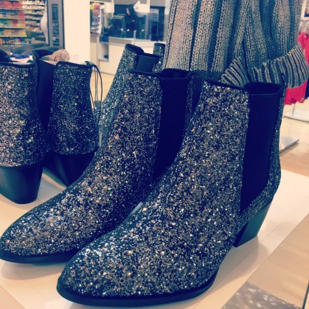 glitter-boots-savida