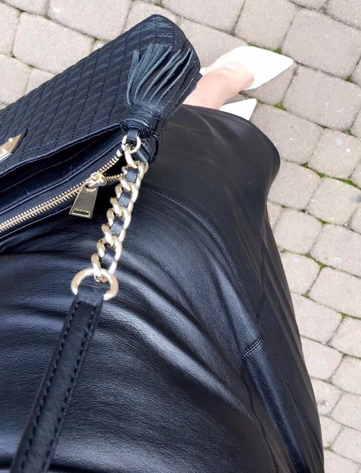skirt-elaines-roves-n-torives-ootd.jpg