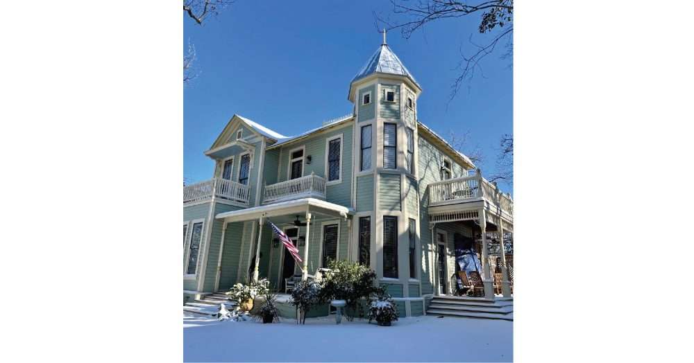 Old Home Goes From Jaded to Jewel