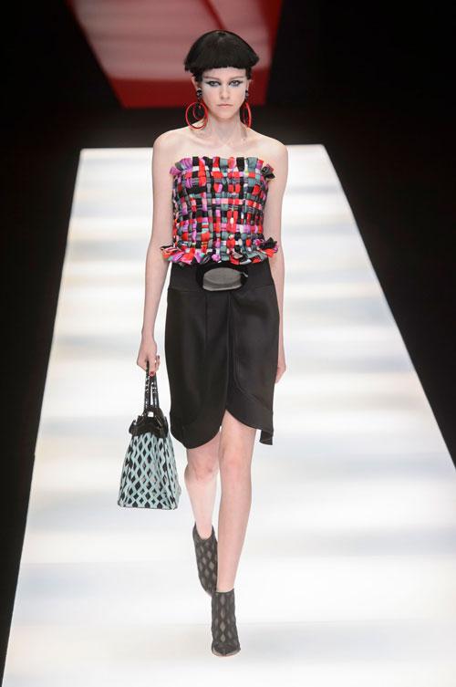 Colecția lui Giorgio Armani prezentată la Paris Fashion Week 2018 17