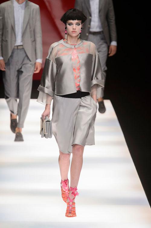 Colecția lui Giorgio Armani prezentată la Paris Fashion Week 2018 25