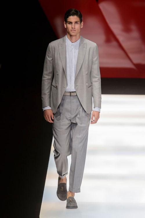 Colecția lui Giorgio Armani prezentată la Paris Fashion Week 2018 26