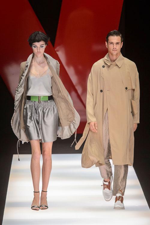 Colecția lui Giorgio Armani prezentată la Paris Fashion Week 2018 32