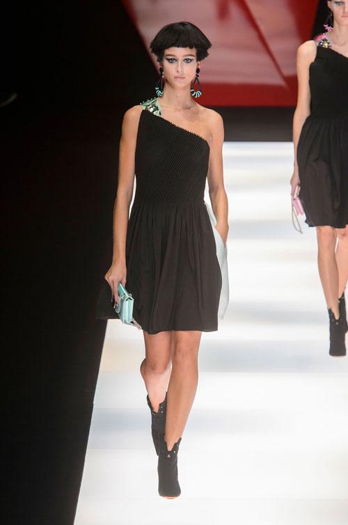 Colecția lui Giorgio Armani prezentată la Paris Fashion Week 2018 42
