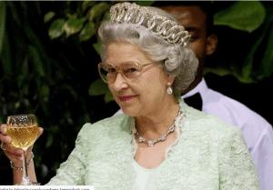 Ce mănâncă Regina Elisabeta? VIDEO