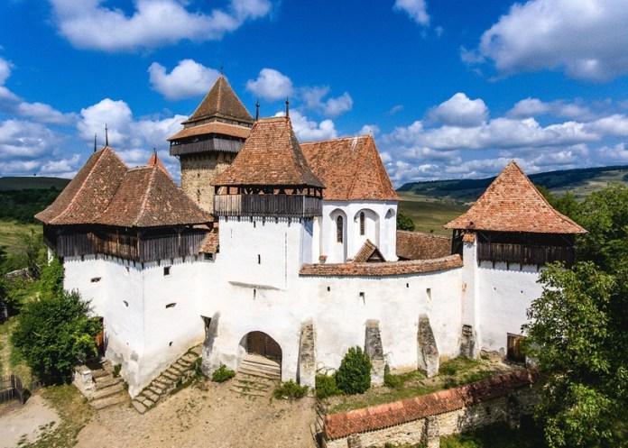 Un sat din România a fost inclus între cele mai frumoase din lume - GALERIE FOTO 1