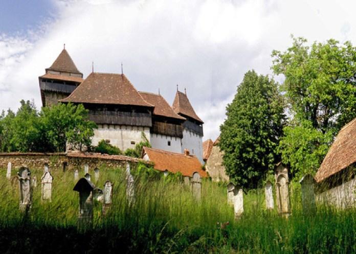 Un sat din România a fost inclus între cele mai frumoase din lume - GALERIE FOTO 6