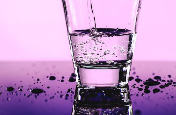 apa minerală