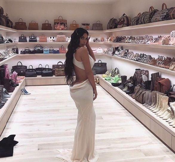gențile lui kim kardashian