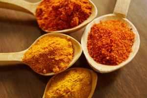 Curcumina-substanța activă din turmeric are proprietăți antioxidante și antiinflamatoare. Ce arată studiile?