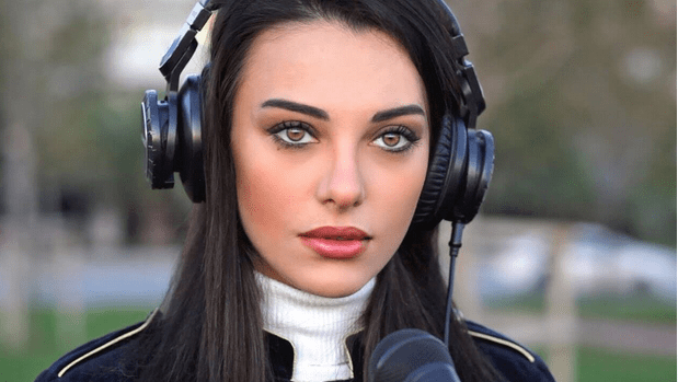 The 13 Most Popular and Attractive Turkish Women Singers 3