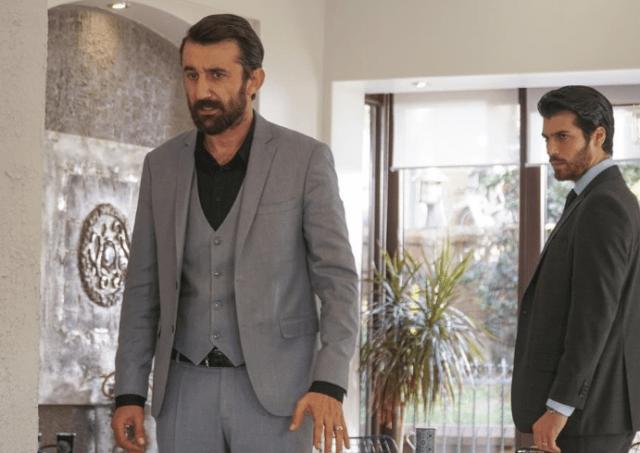 Can Yaman și Özge Gürel în serialul Dolunay (Luna plină) 5