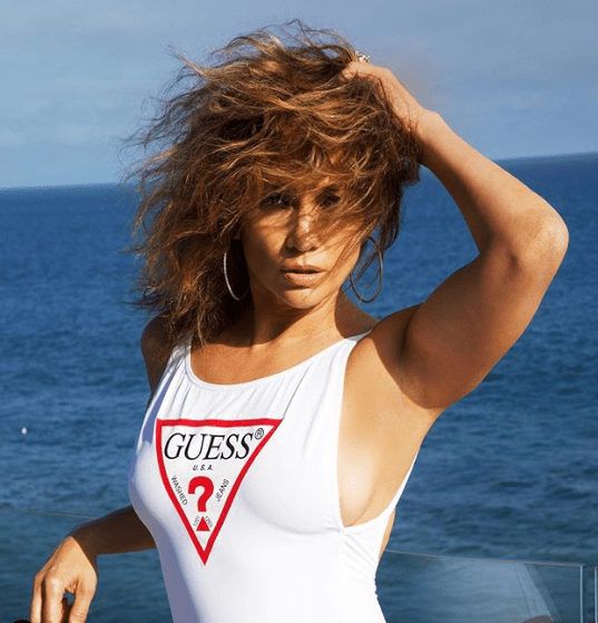 Jennifer Lopez, 50, Shows Off The Results Of Her Quarantine Workouts With SexyNew Pic Of Her Backside 3