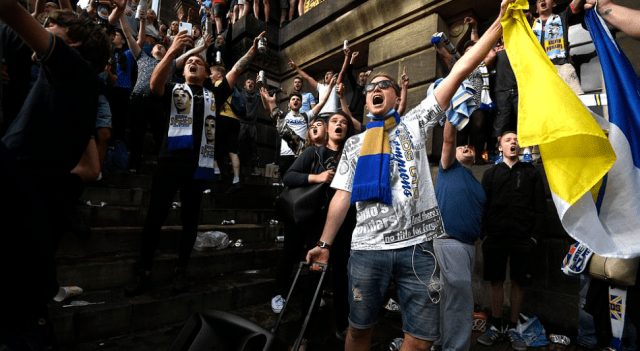Promoting coronavirus infection? Leeds United fans celebrate elevation to the Premier League for the first time in 16 years 8