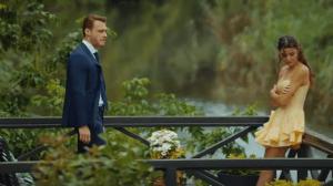 Sen Çal Kapımı (Bate la ușa mea) cu Hande Erçel și Kerem Bürsin.Secvențe din al 3-lea episod