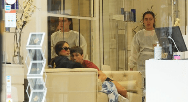 Joey Essex walks with new girlfriend Brenda Santos before packing on the PDA inside beauty clinic 7